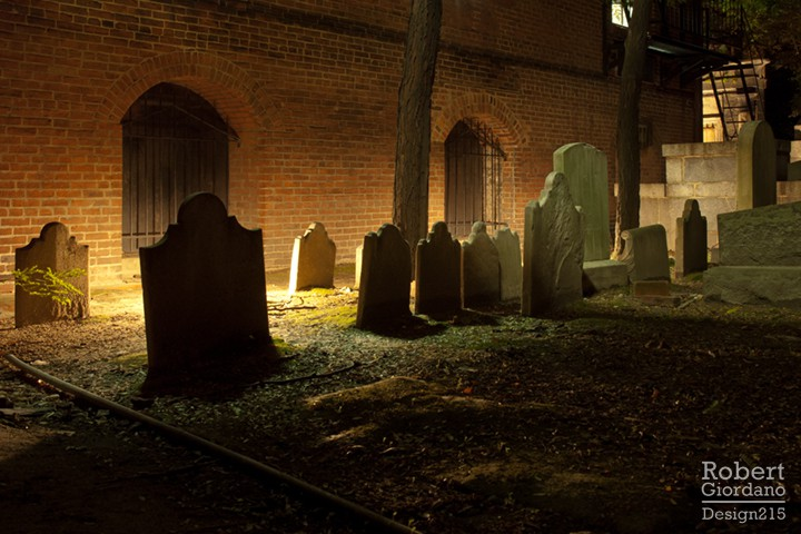 Westminster graveyard at night